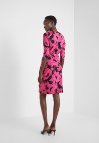 Diane von Furstenberg - NEW JULIAN TWO - Etui-jurk - camellias black - 2
