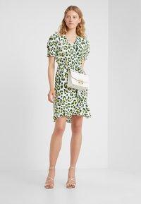 Diane von Furstenberg - EMILIA - Korte jurk - summer sulfur - 1