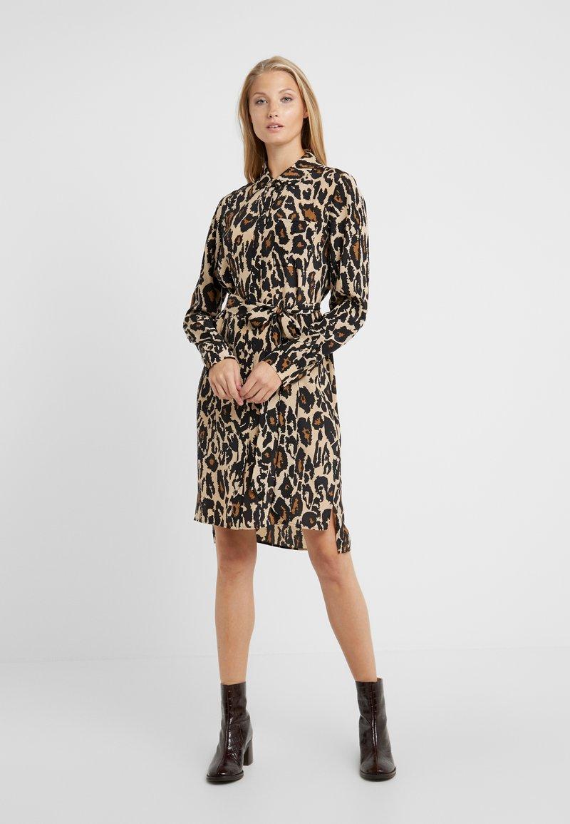 Diane von Furstenberg - PRITA - Shirt dress - leopard cat sand