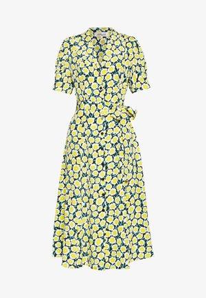 EXCLUSIVE DRESS - Shirt dress - daisies canteen
