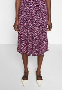 Diane von Furstenberg - IDRIS - Denní šaty - vines petal - 3