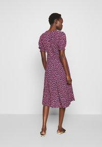Diane von Furstenberg - IDRIS - Denní šaty - vines petal - 2