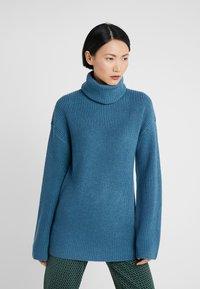 Diane von Furstenberg - EMMANUELLE - Trui - bisman blue / spruce - 0
