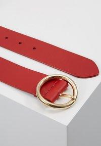 Diane von Furstenberg - O RING BELT - Pásek - aurora red - 2