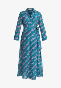 Diane von Furstenberg - FLOOR LENGTH COLLARED WRAP DRESS - Ranta-asusteet - cactus - 4