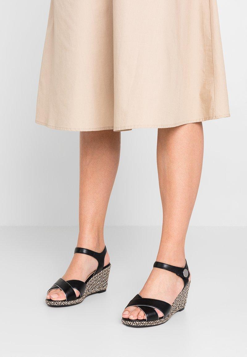 Divine Factory - Wedge sandals - black