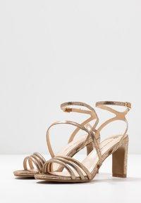 Divine Factory - Sandály na vysokém podpatku - gold - 4