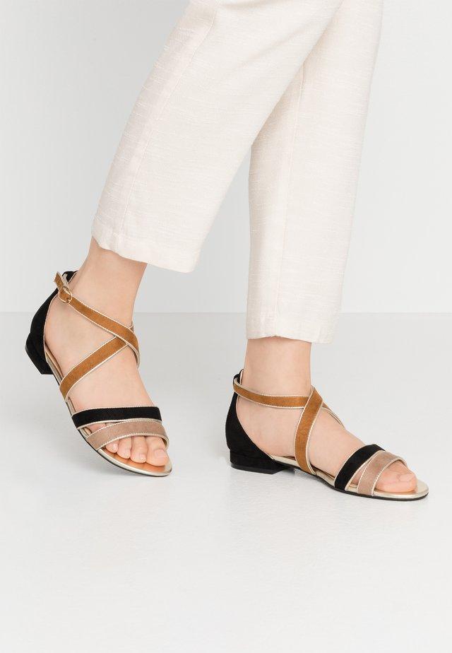 Sandaalit nilkkaremmillä - noir/camel
