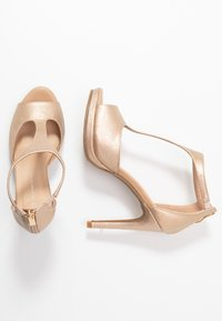 Divine Factory - High heeled sandals - gold - 3