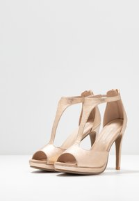 Divine Factory - High heeled sandals - gold - 4