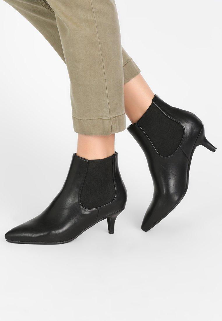 Divine Factory - Classic ankle boots - black