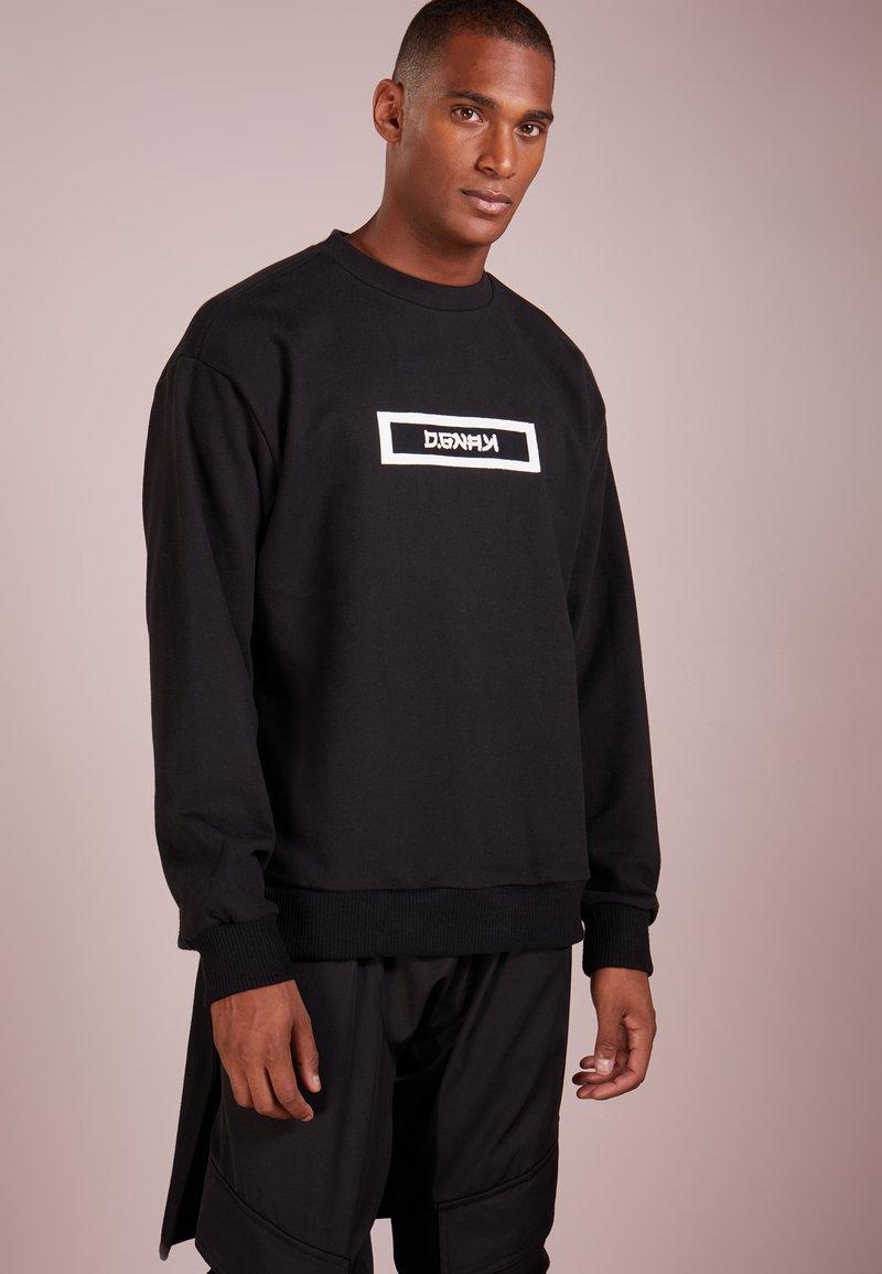 D.GNAK - BLACK TAIL - Sweatshirts - black