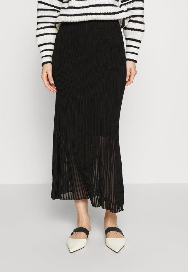UMI - Maxi skirt - black