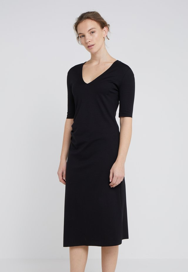 YLVA - Day dress - black