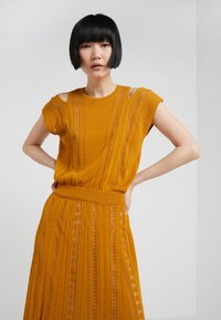 House of Dagmar - GRACE - Maxi dress - saffron - 5