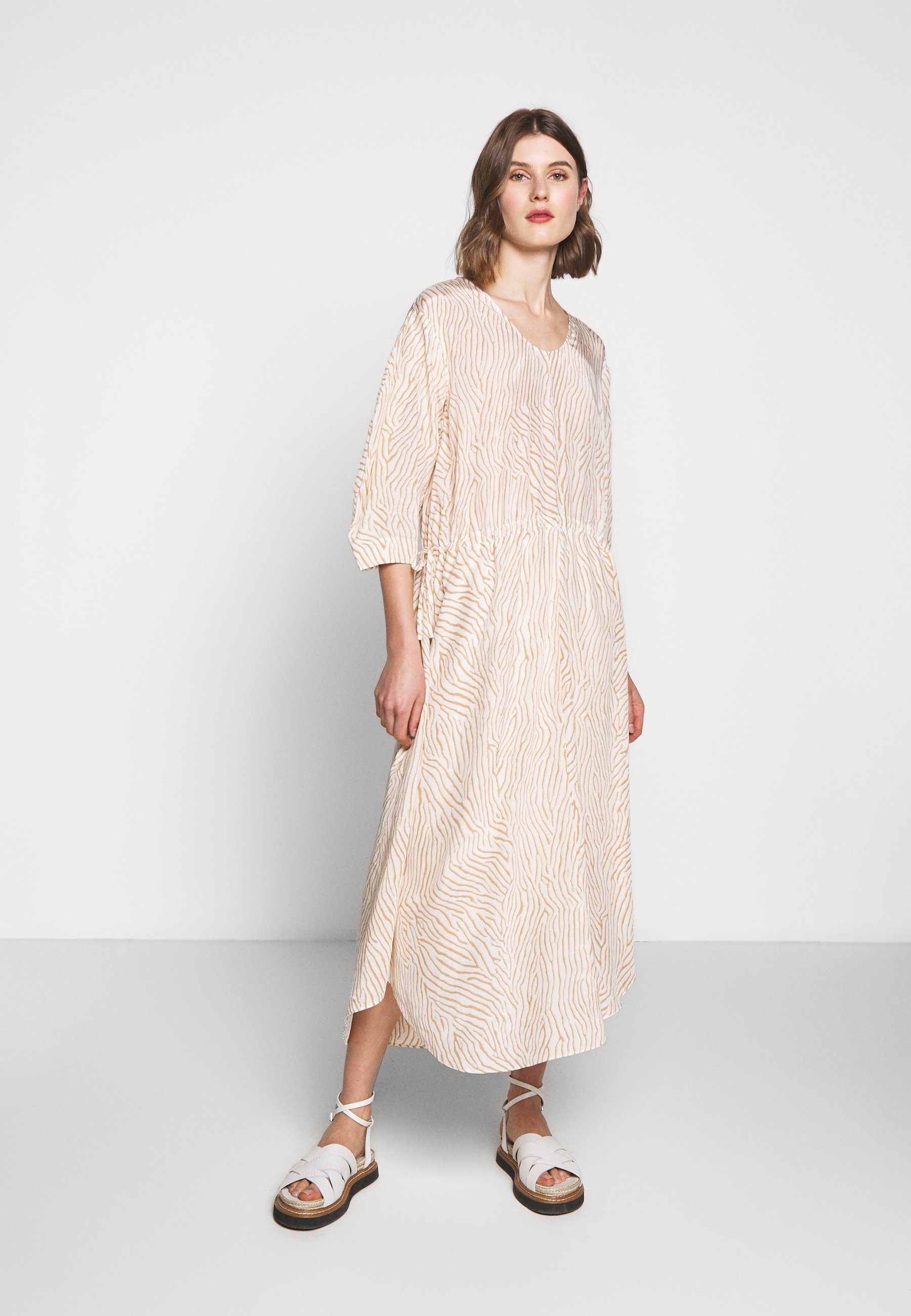 House Of Dagmar Misty - Day Dress Sand