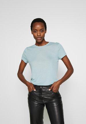 UPAMA - Basic T-shirt - dusty blue