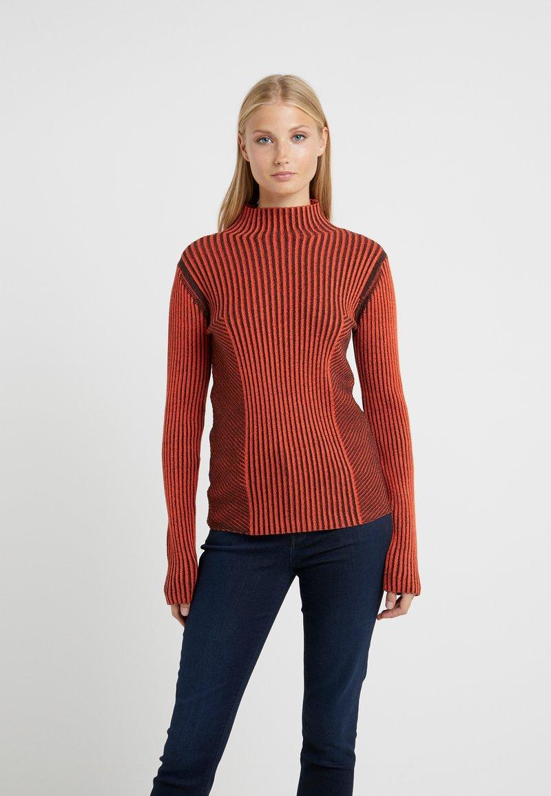 House of Dagmar - KAROLINE - Pullover - red/black