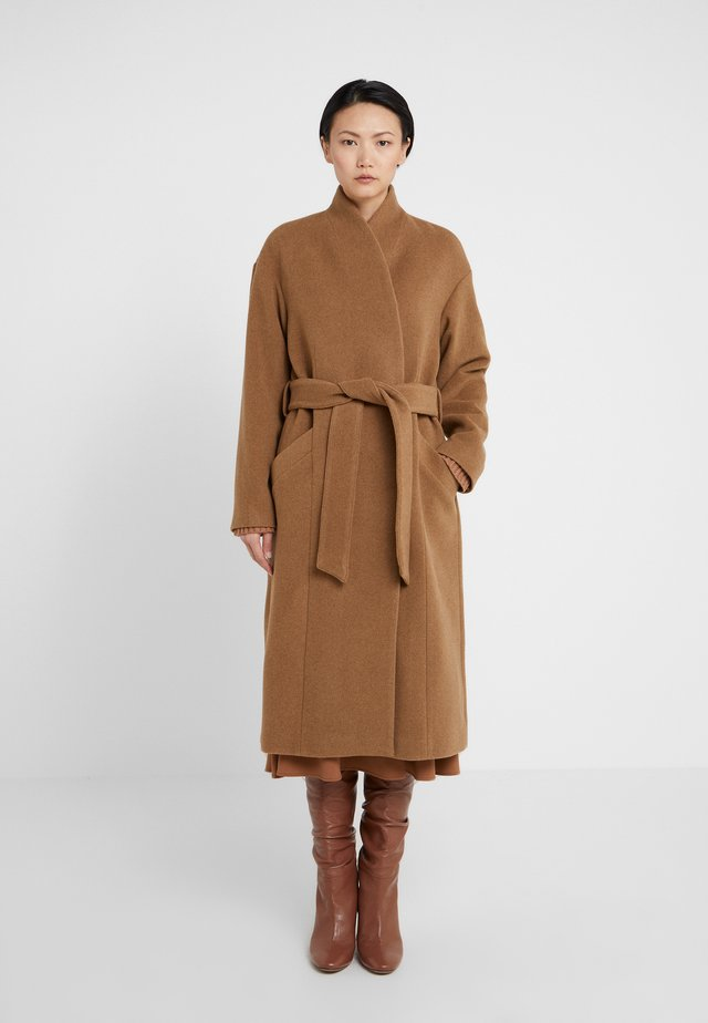 ALIDA - Classic coat - camel