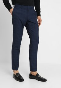 Isaac Dewhirst - FASHION CHECK SUIT - Completo - navy - 4
