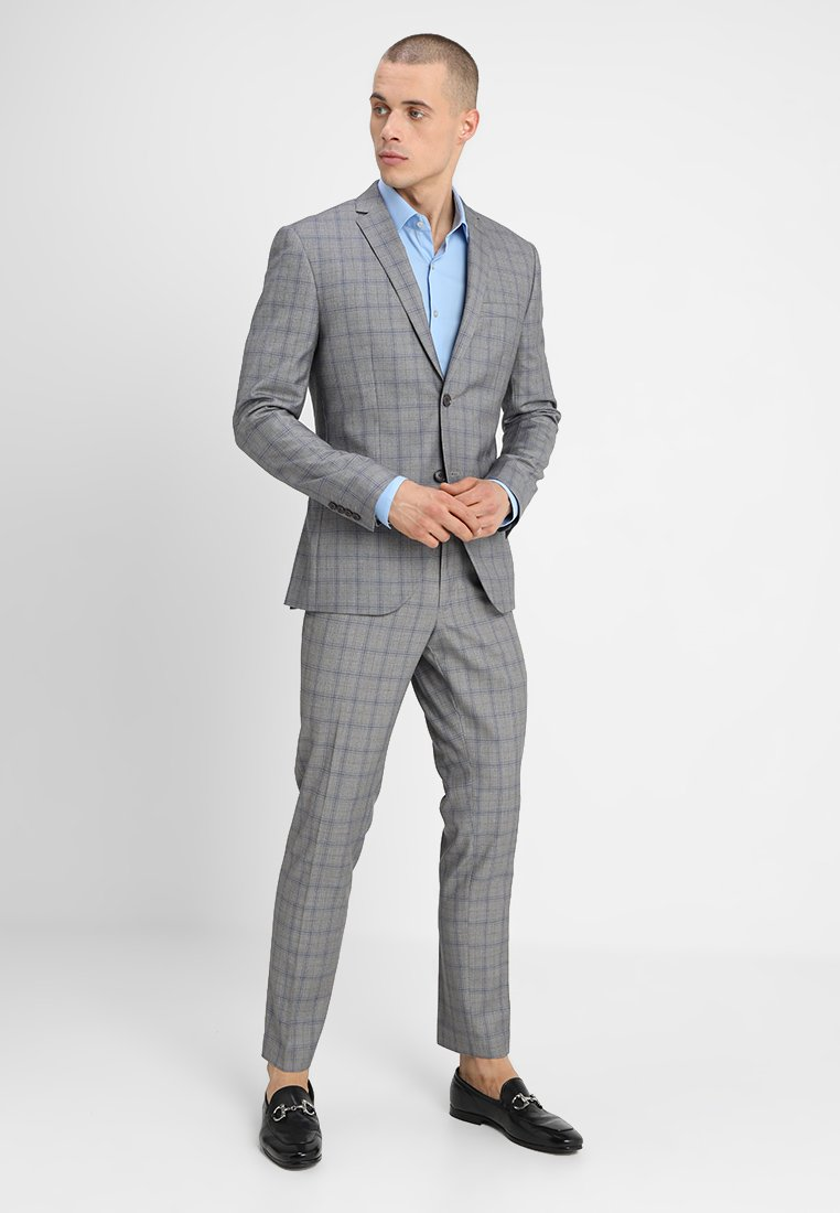 Isaac Dewhirst - FASHION CHECK SUIT SLIM FIT - Anzug - grey