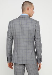 Isaac Dewhirst - FASHION CHECK SUIT SLIM FIT - Suit - grey - 3