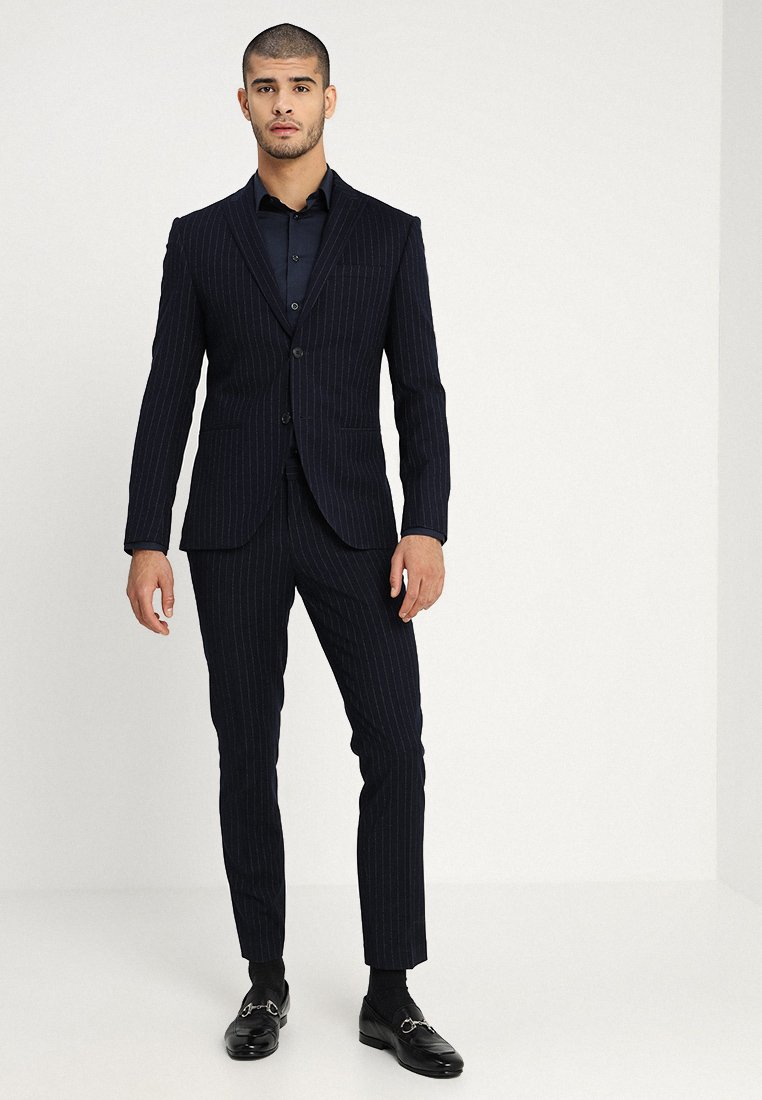Isaac Dewhirst - FASHION STRIPE SUIT - Suit - navy