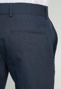 Isaac Dewhirst - TUX - Garnitur - dark blue - 8