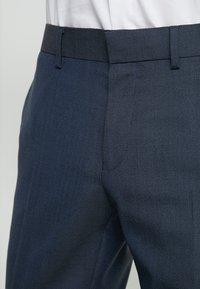 Isaac Dewhirst - TUX - Garnitur - dark blue - 9