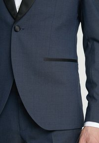 Isaac Dewhirst - TUX - Garnitur - dark blue - 6