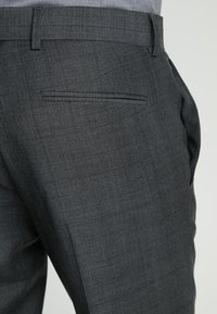 Isaac Dewhirst - SUIT CHECK - Kostuum - dark grey - 6