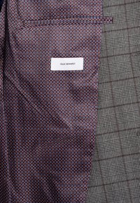Isaac Dewhirst - FASHION SUIT CHECK - Suit - grey - 7