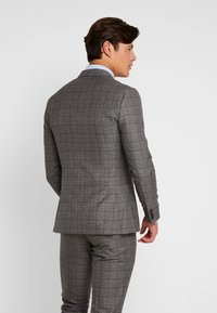 Isaac Dewhirst - FASHION SUIT CHECK - Suit - grey - 3