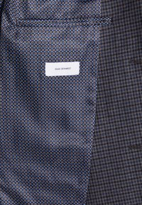 Isaac Dewhirst - FASHION SUIT CHECK - Oblek - blue - 9