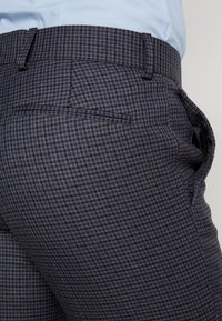 Isaac Dewhirst - FASHION SUIT CHECK - Oblek - blue - 7