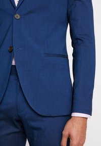 Isaac Dewhirst - FASHION SUIT - Jakkesæt - blue - 9