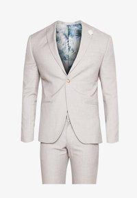 Isaac Dewhirst - WEDDING SUIT LIGHT NEUTRAL - Kostuum - beige - 11