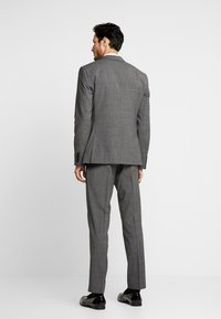 Isaac Dewhirst - PUPPYTOOTH SUIT - Garnitur - dark grey - 2