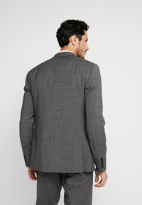 Isaac Dewhirst - PUPPYTOOTH SUIT - Garnitur - dark grey - 4