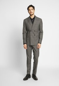 Isaac Dewhirst - TWIST CHECK SUIT - Oblek - grey - 0