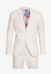 Isaac Dewhirst - PLAIN WEDDING - Suit - neutral - 11