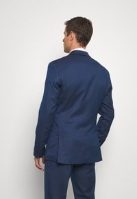 Isaac Dewhirst - Suit - dark blue - 3