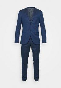 Isaac Dewhirst - Suit - dark blue - 10