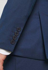 Isaac Dewhirst - Suit - dark blue - 7
