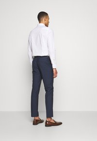 Isaac Dewhirst - RECYCLED NAVY TEXTURE - Suit - dark blue - 5
