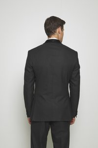 Isaac Dewhirst - RECYCLED TUX SLIM FIT - Garnitur - black - 3