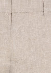 Isaac Dewhirst - WEDDING COLLECTION - SLIM FIT SUIT - Suit - beige - 6