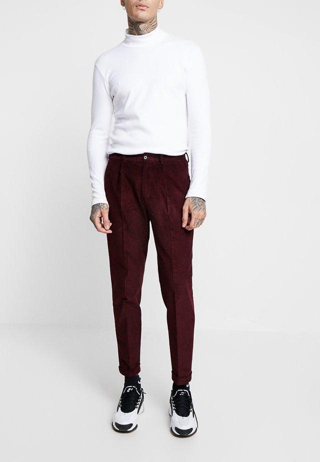 TROUSER - Trousers - bordeaux