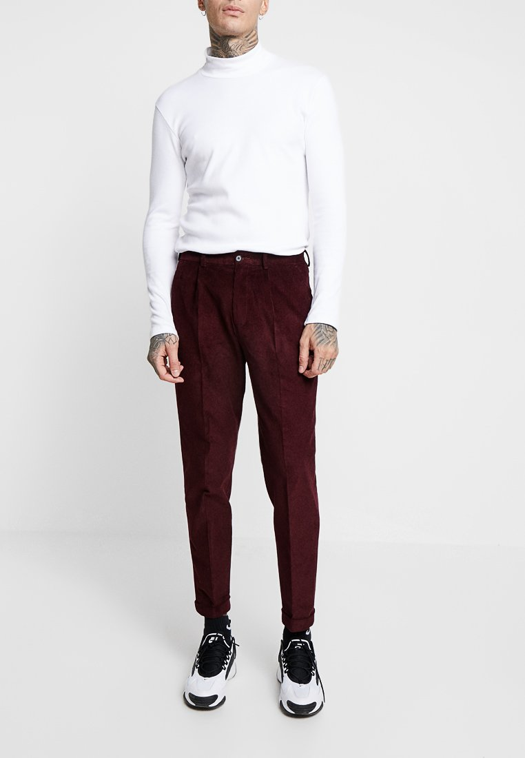 Isaac Dewhirst - TROUSER - Trousers - bordeaux