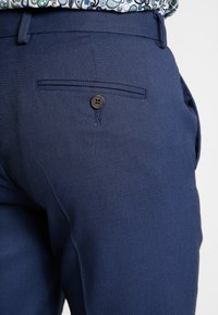 Isaac Dewhirst - STAND ALONE BIRDSEYE - Suit trousers - blue - 5